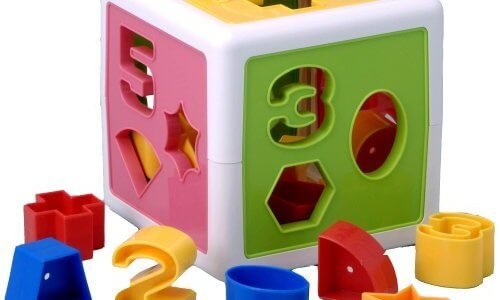 【簡単】幼児(2歳)にパズルを教える方法とおすすめ知育パズル【子供教育】