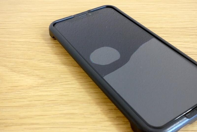 iPhone用ガラスフィルムの気泡