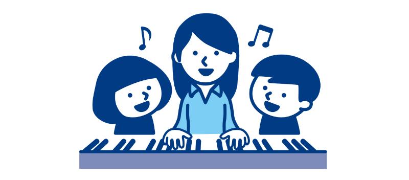 ピアノを弾く女性と子供