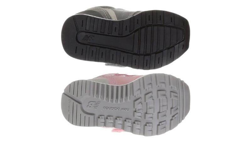 ニューバランス996と313の靴底の違い